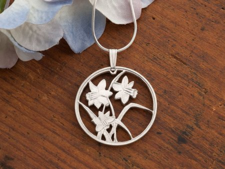 """Silver Flower Daffodils Pendant and Necklace, Hand cut Canada Flower coin pendant, Silver Flower Jewelry, 1"""" diameter, ( #796S )"""