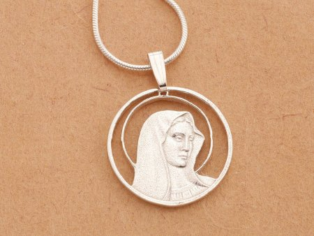 """Silver Virgin Mary Pendant , Sterling Silver Virgin Mary Jewelry, Religious Jewelry, Silver Religious Jewelry, 3/4"""" diameter, ( # 527S )"""